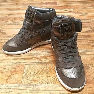 Michael kors metallic wedge sneaker 7.5